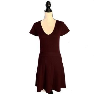 Theory Wool Maroon Fit and Flare Knit Dress EUC